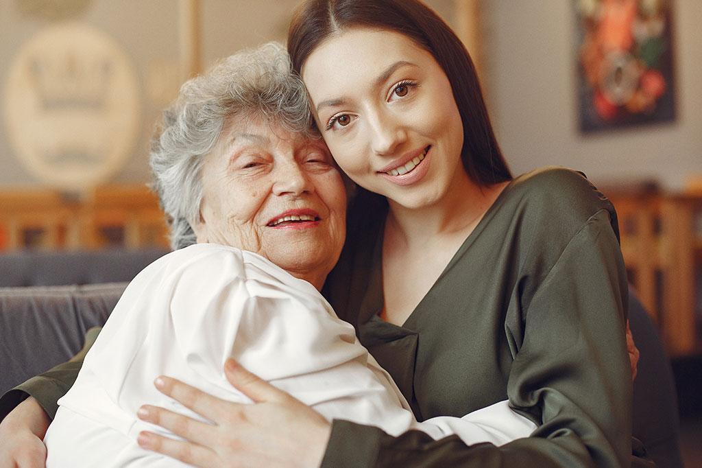 Consejos para evitar la sobrecarga en el cuidado de personas dependientes